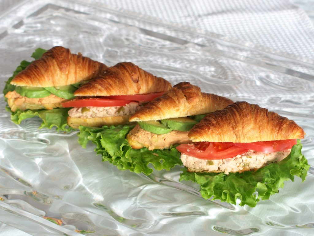Mini croissanty stuňákovým paté