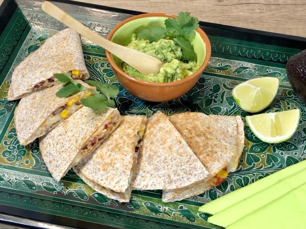 Quesadillas smexickým salátem