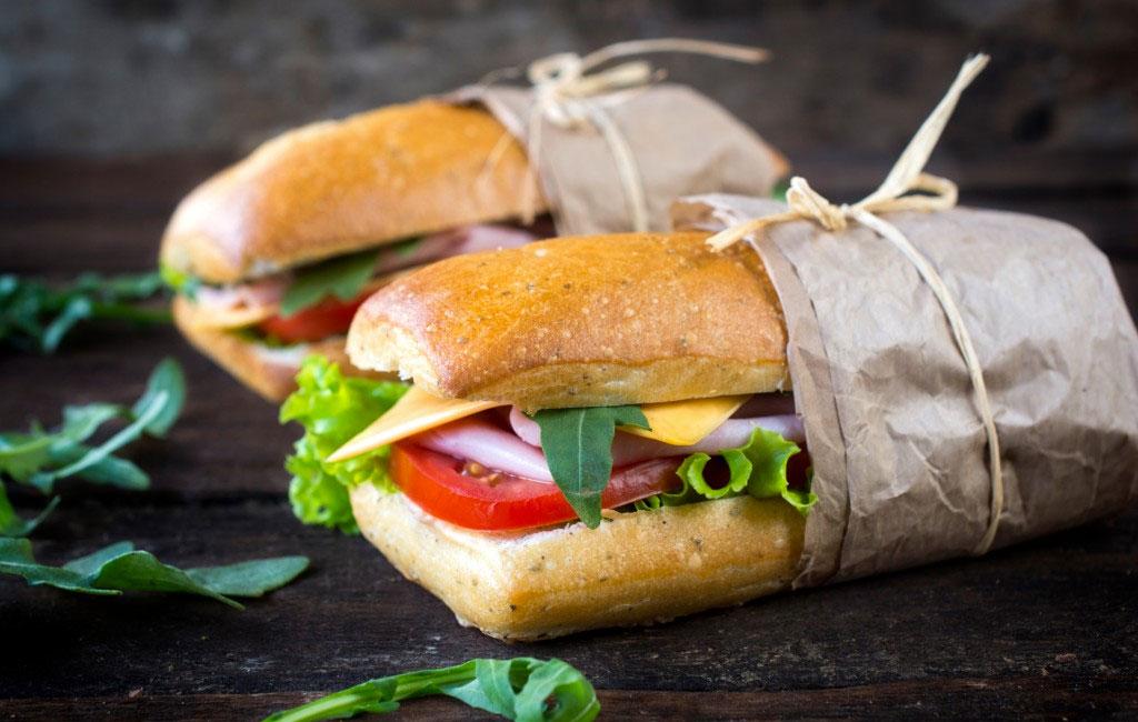 Jak si připravit rychlý achutný sendvič doškoly čidopráce