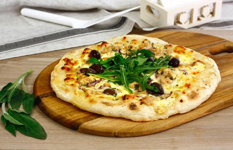 Pizza se sýrem atuňákem